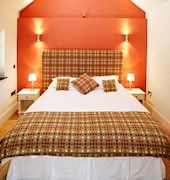 Blas Gwyr Bed & Breakfast offers spacious, modern guest accommodation