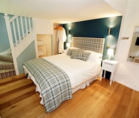 Samphire double room at Blas Gwyr Guest House